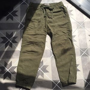 Green linen lightweight jogger pants